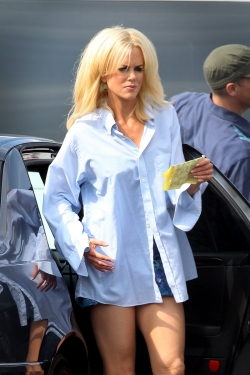 399478046281b Nicole Kidman went CRAZY Baywatch blonde for her upcoming role in The  Paperboy