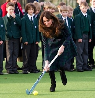 Kate Middleton pregnant hockey