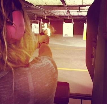 Ke$ha gun