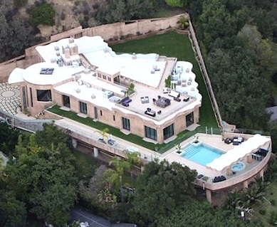 Rihanna mansion 2012