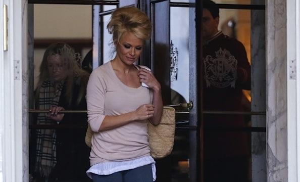 Pamela Anderson beehive
