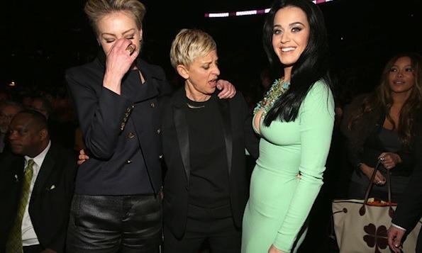 Ellen looks at Katy Perry's boobs