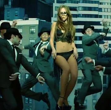 Jennifer Love Hewitt I'm a woman
