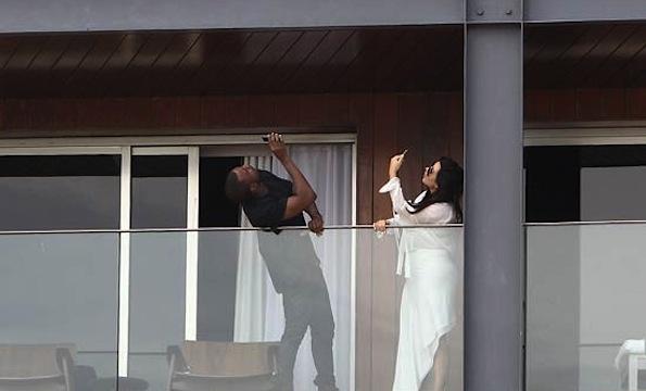 Kim and Kanye balcony