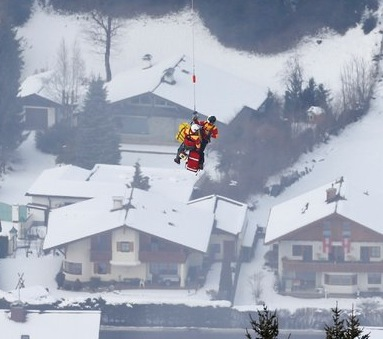 Lindsey Vonn airlifted