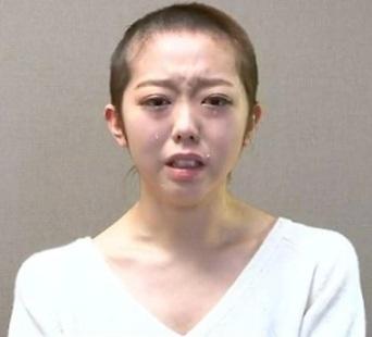 Minami Minegishi shaved head