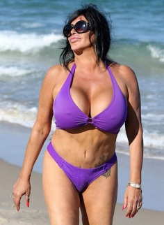 Big Ang belly button
