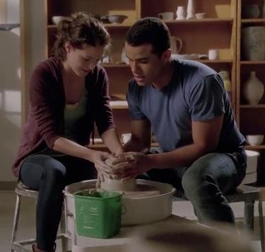 Glee pottery scene
