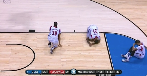 Players after Kevin Ware injury