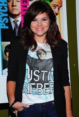 Tiffani Amber Justin bieber shirt