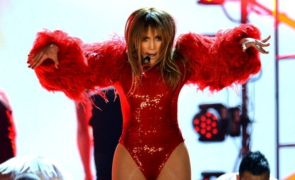 Jennifer Lopez  feathers Billboard music awards