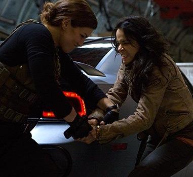 Michelle Rodriguez Gina Carano fight scene
