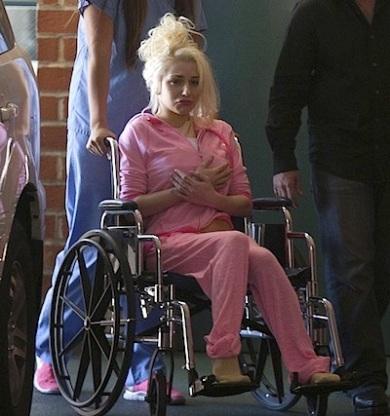 Courtney Stodden wheelchair