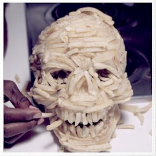 Miley Cyrus french fry skull