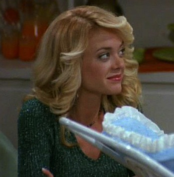 Lisa Robin Kelly 70s show still