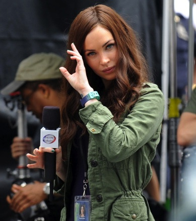 Megan Fox April teenage mutant set