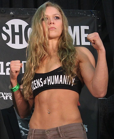 Ronda Rousey showtime fight pose