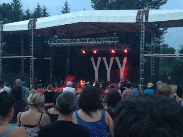 Yeah yeah yeahs edgefield troutdale