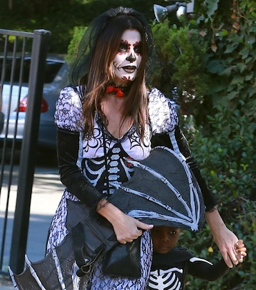 Sandra Bullock halloween costume