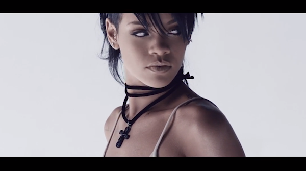Rihanna what now still eye makeup
