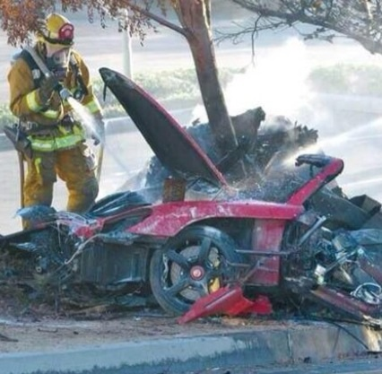 car crash photo Paul Walker