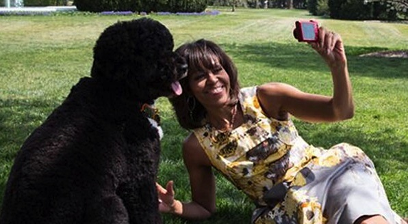 Michelle Obama selfie bo