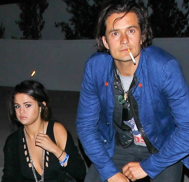 Selena gomez orlando bloom sneaking out