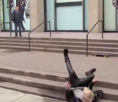 justin bieber falling skateboard